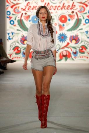LENA HOSCHEK-Mercedes-Benz-Fashion-Week-Berlin-SS-18-71709