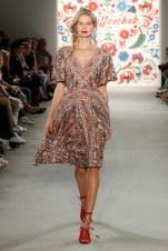 LENA HOSCHEK-Mercedes-Benz-Fashion-Week-Berlin-SS-18-71720