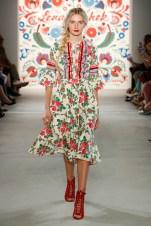 LENA HOSCHEK-Mercedes-Benz-Fashion-Week-Berlin-SS-18-71751