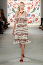 LENA HOSCHEK-Mercedes-Benz-Fashion-Week-Berlin-SS-18-71756