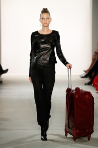 MAISONNOEE-Mercedes-Benz-Fashion-Week-Berlin-SS-18-72110