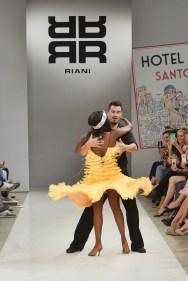 RIANI-Mercedes-Benz-Fashion-Week-Berlin-SS-18-005