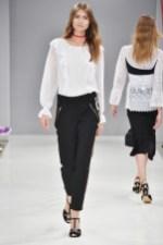 RIANI-Mercedes-Benz-Fashion-Week-Berlin-SS-18-041