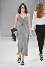 RIANI-Mercedes-Benz-Fashion-Week-Berlin-SS-18-042