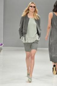 RIANI-Mercedes-Benz-Fashion-Week-Berlin-SS-18-043