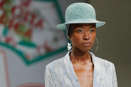 RIANI-Mercedes-Benz-Fashion-Week-Berlin-SS-18-050