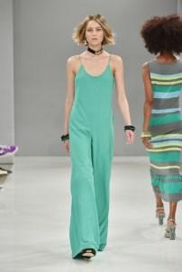RIANI-Mercedes-Benz-Fashion-Week-Berlin-SS-18-063