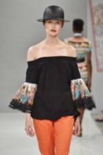 RIANI-Mercedes-Benz-Fashion-Week-Berlin-SS-18-097
