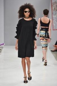 RIANI-Mercedes-Benz-Fashion-Week-Berlin-SS-18-100