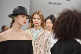 RIANI-Mercedes-Benz-Fashion-Week-Berlin-SS-18-114
