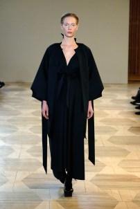 ISABEL VOLLRATH-Mercedes-Benz-Fashion-Week-Berlin-AW-18--31