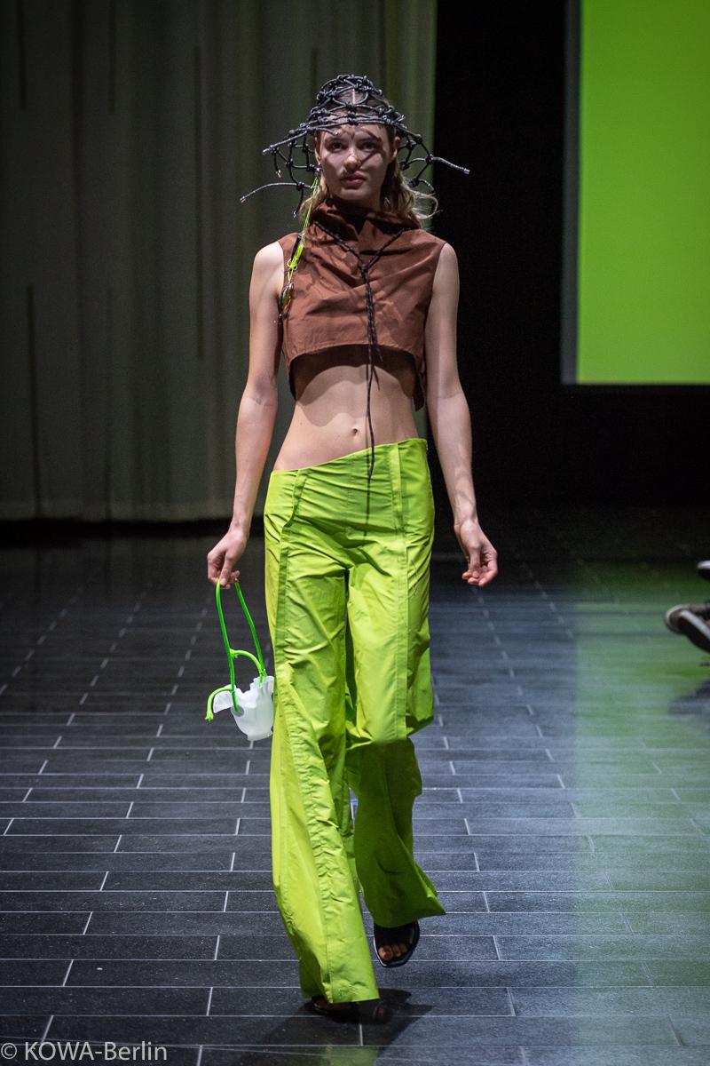 AMD Berlin 2019 Fashion Design (B.A.) Modenschau - View.19