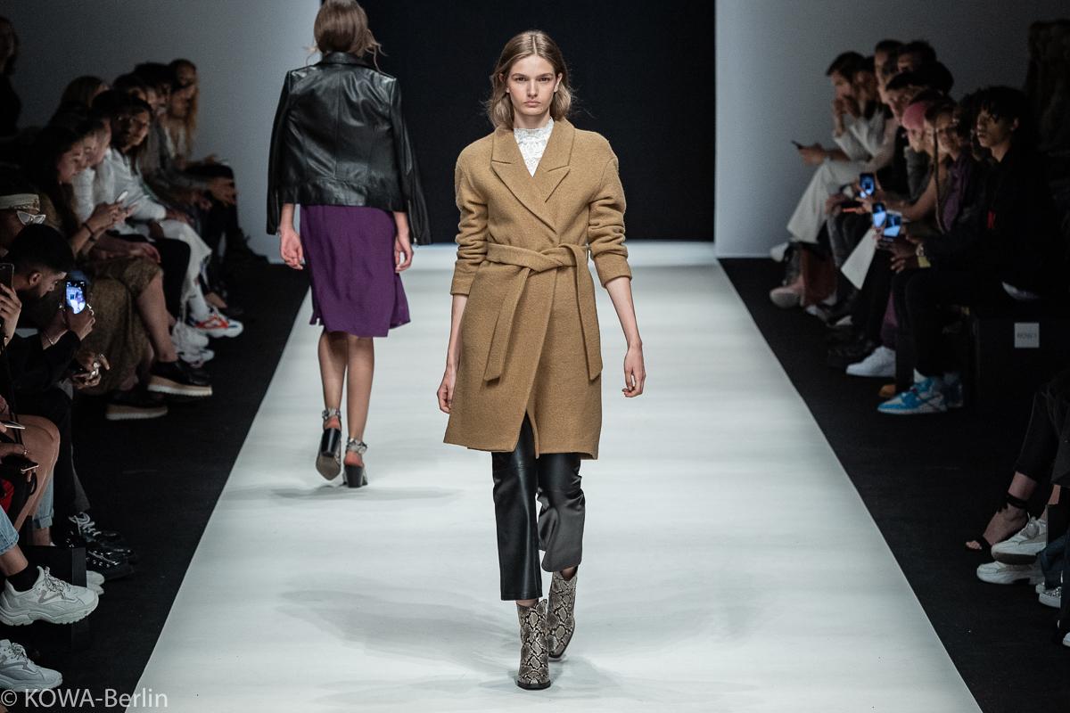 AYFW SET Show - About You Fashion Week