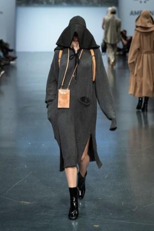 NEO.Fashion 2020 Nathalie Weber