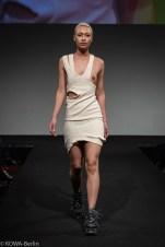 model nackt runway