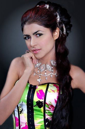 Ayesha Gilani Miss Pakistan World