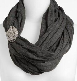 scarf-with-pin