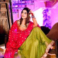 Kinza Hashmi cultural dress