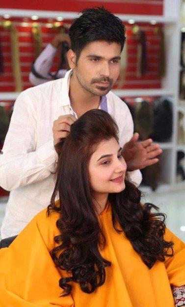 Javeria Saud At Kashee S Beauty Salon For Hairstyling Pakistani Drama Celebrities