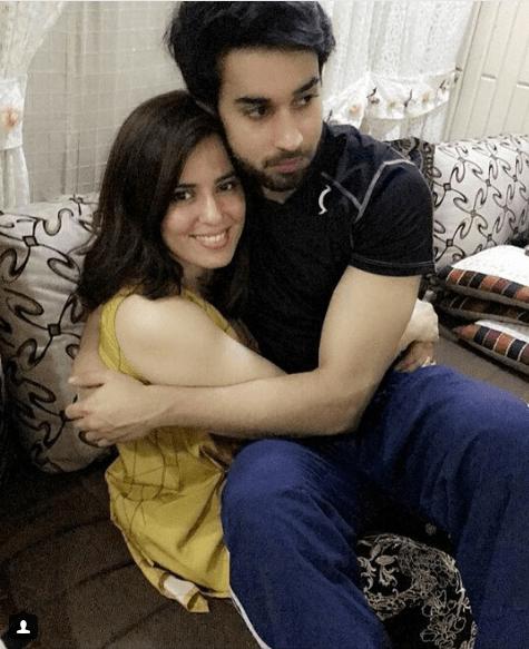 Beautiful Clicks Of Bilal Abbas With Her Sister Sana Tauseef Pakistani Drama Celebrities