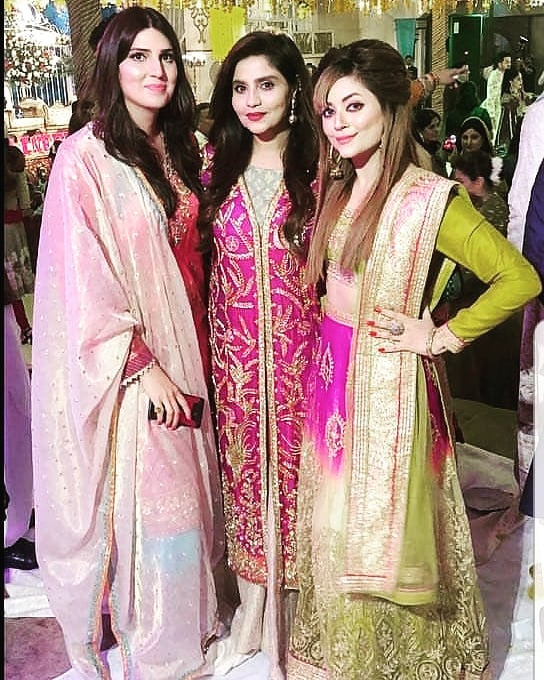 Zahid Ahmed with His Wife Amna looking Awesome at Aineeb Mehndi