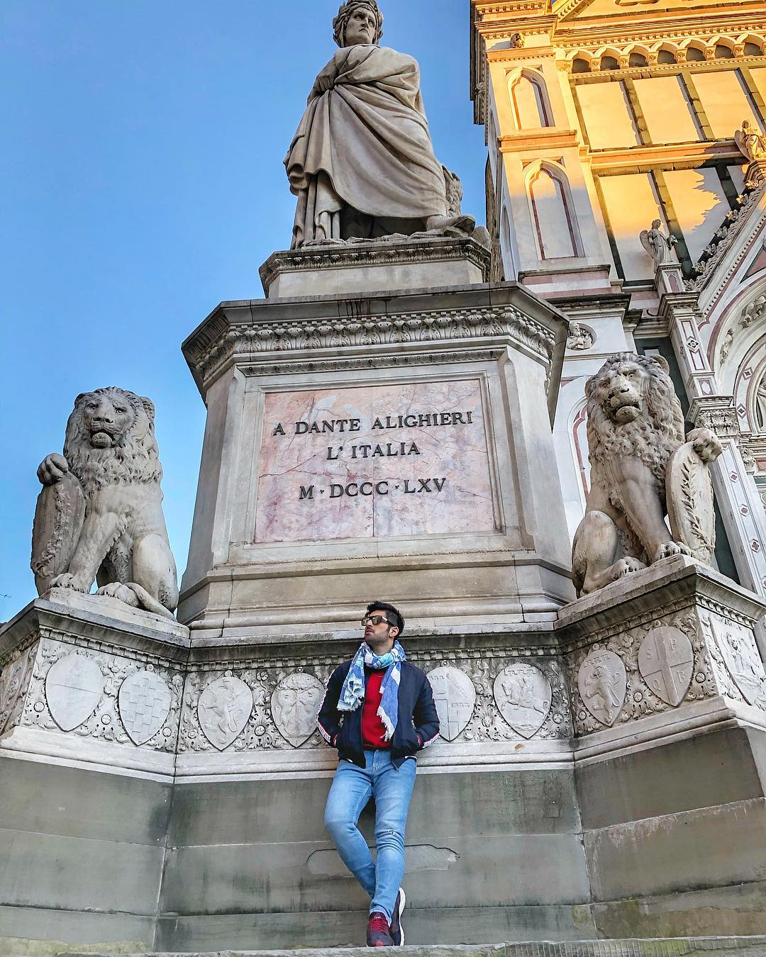 Honeymoon Continues - New Awesome Photos of Aiman and Muneeb in Italy