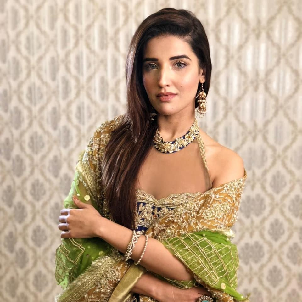 New Photos of Hareem Farooq - Looking Awesome In Gorgeous Outfits