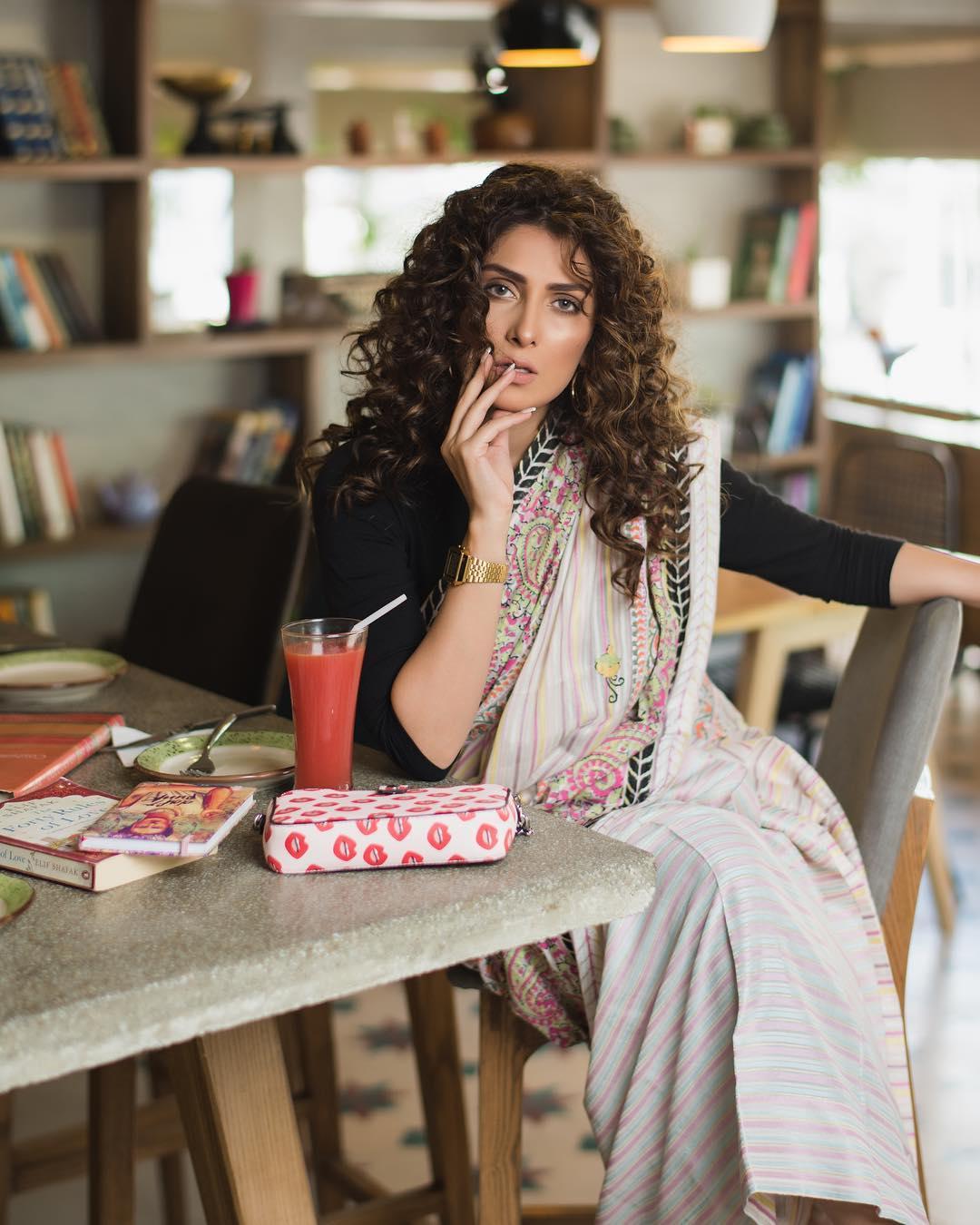 Beautiful Latest Photoshoot Of Ayeza Khan Pakistani