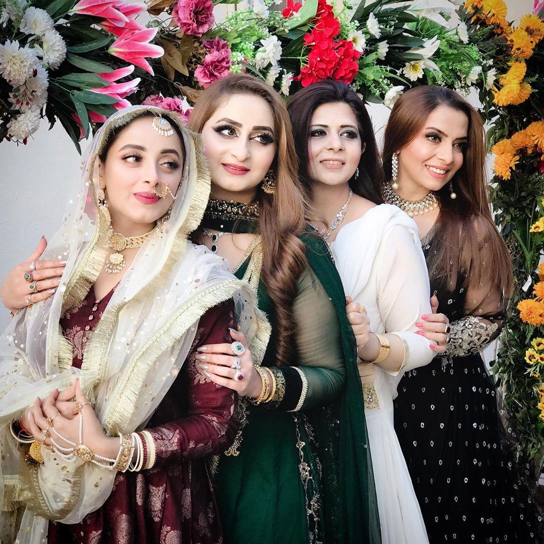 Beautiful Wedding Pictures Of Sanam Chaudhry Pakistani