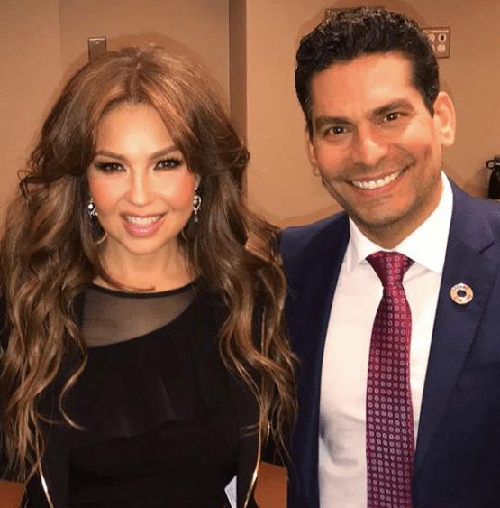 Thalía junto a Ismael Cala. (Foto Instagram Ismael Cala)