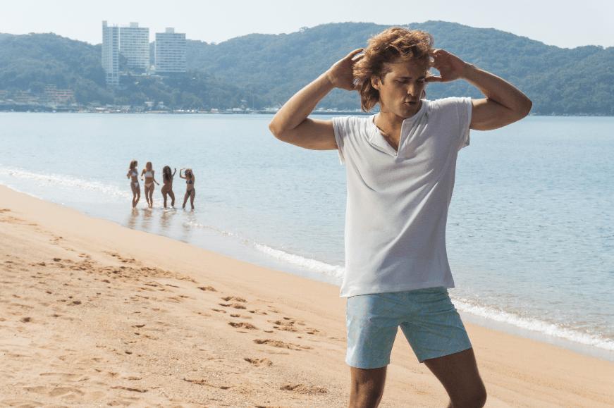 Diego Boneta modela para D&G antes del estreno mundial de 'Luis Miguel, la serie'