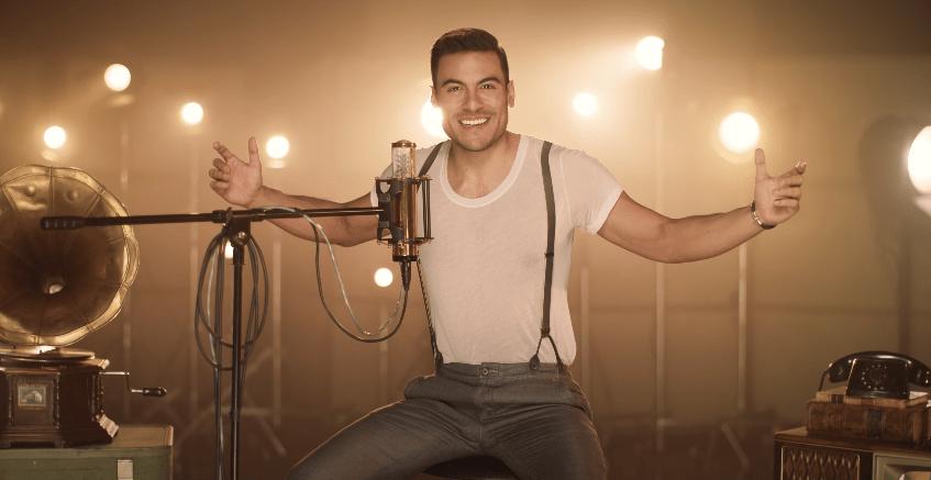 Carlos Rivera graba sus canciones favoritas durante la cuarentena