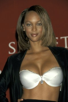 fashion-2015-11-vs-tyra-banks-1997-main