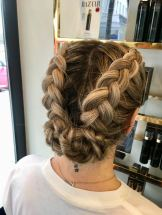 SHOW DRY Braids Pixie Tenenbaum Right