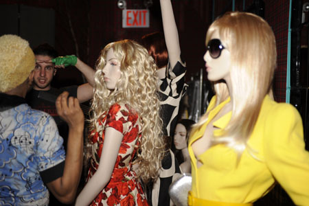 starlounge_mannequins02