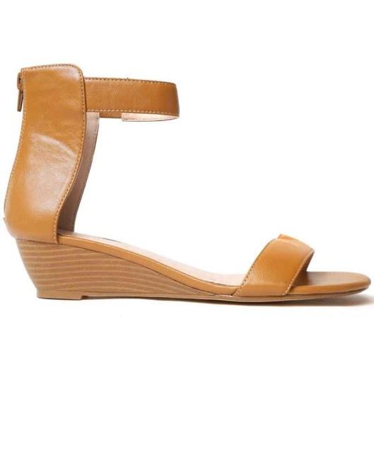 Barefoot Tess sandal