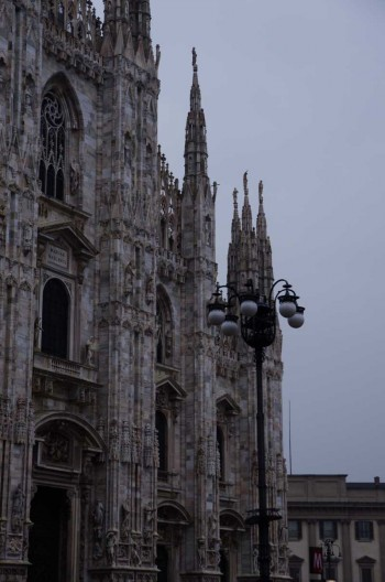 Milano Duomo with street lamp