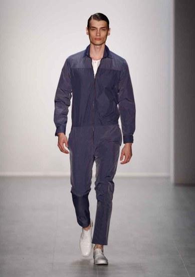 Hien Le Show - Mercedes-Benz Fashion Week Spring/Summer 2015