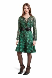 Combine the peasant blouse and fl ounce skirt in python print for elegant femininity with a modern edge. The polished belt keeps this look sleekly pulled together LOOK 2 Embroidered Peasant Blouse in Green Python Print, $44.99* Flounce Skirt in Green Python Print, $34.99* Croc Effect Belt in Black, $29.99** Ankle Strap Shoe in Black, $39.99* *TARGET.COM EXCLUSIVE ** AVAILABLE GLOBALLY ON NET-A-PORTER.COM