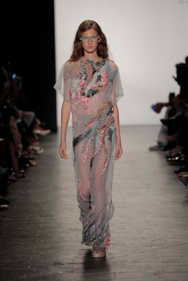 NEW YORK, NY - SEPTEMBER 10: A model walks the runway at the Academy of Art University Spring 2017 Collectuons during New York Fashion Week at The Arc, Skylight at Moynihan Station on September 10, 2016 in New York City. (Photo by Randy Brooke/Getty Images for Academy Of Art University )