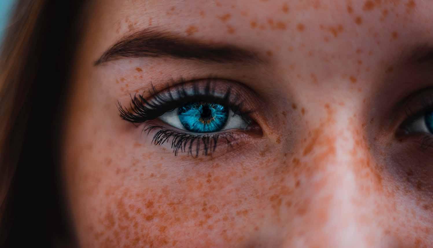Tips to Make Eyelash Extensions Last Longer - FashionWindows