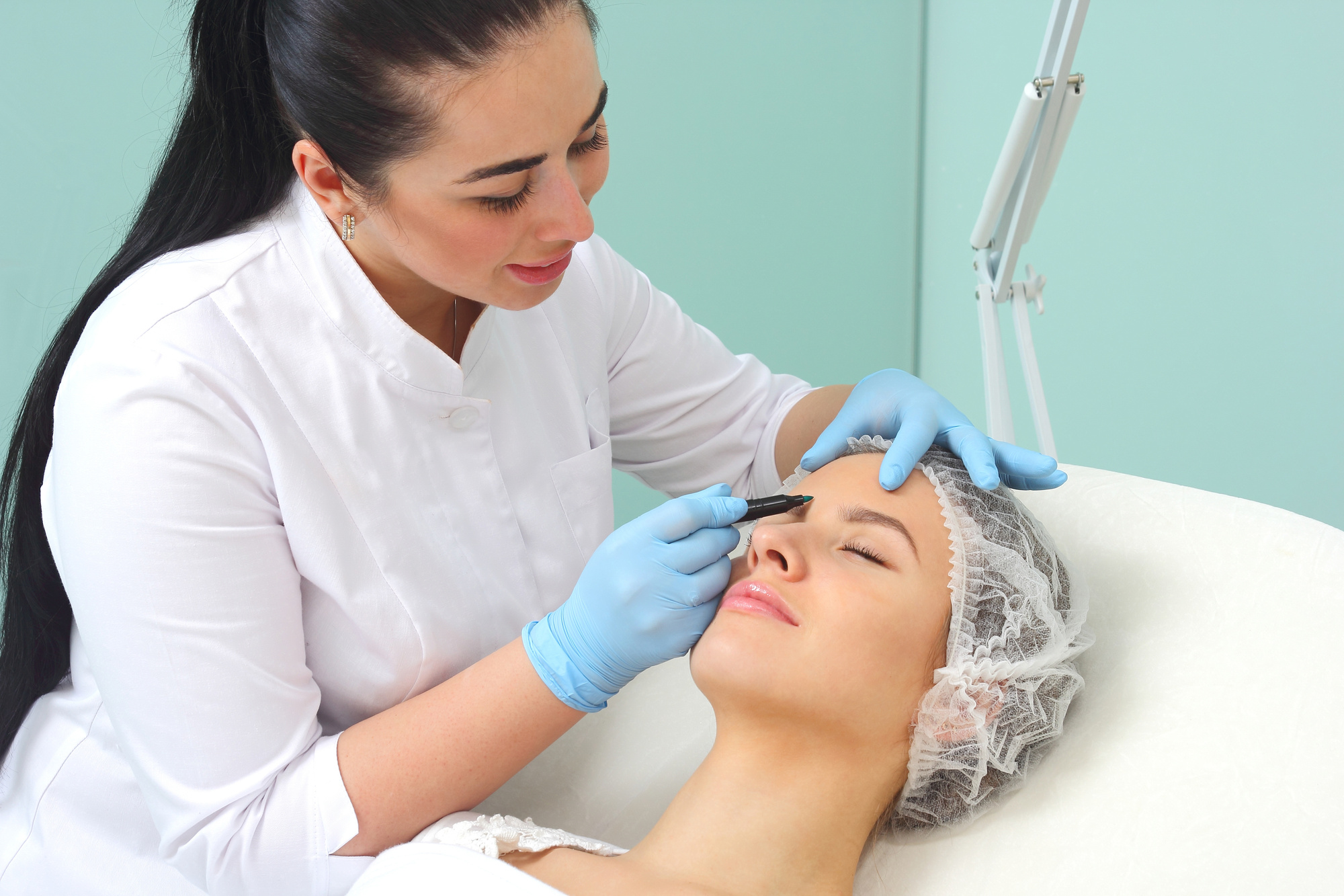 The Best Time to Get Eyelid Surgery
