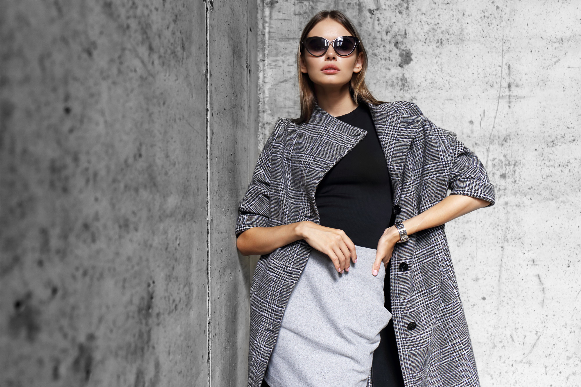 How to Dress Elegantly: A Guide for Women