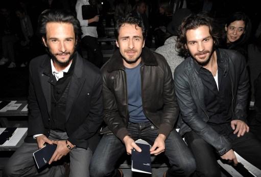 L-R) Actors Rodrigo Santoro, Demian Bichir and Santiago Cabrera