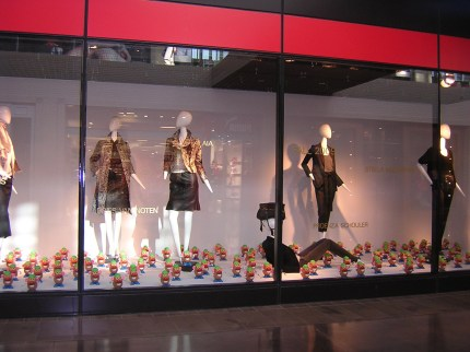 Store Windows in Dallas - Barneys New York