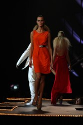 Versace Show at Oi Fashion Rocks