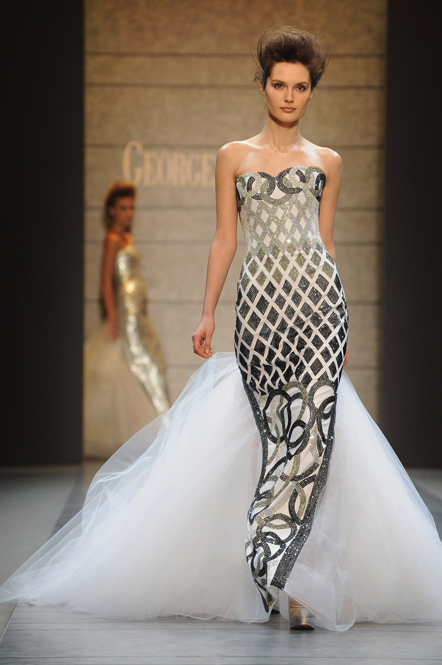 Georges chakra haute couture spring 2010 knocking at the chambre syndicale 39 s door - Chambre de la haute couture ...