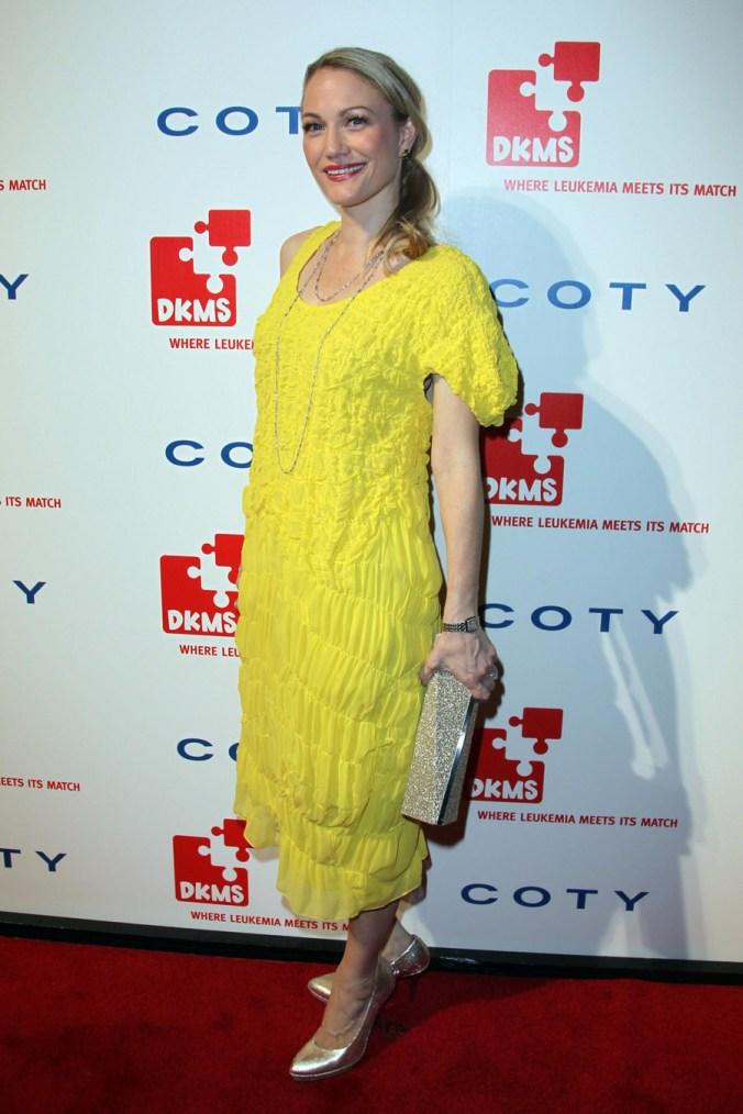 Sarah Winter in Calvin Klein Collection