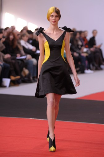 alexis-mabille-hc-ss-2010_043