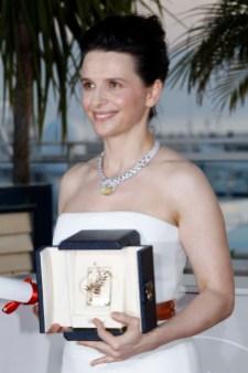 "Juliette Binoche received the Best Actress Award for ""Copie Conforme"""